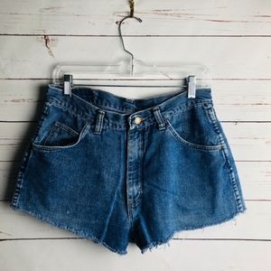 Wrangler High Rise  Cut Offs Distressed Size 30